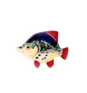 Hal, szem sárga, kék pontokkal, piros farok, hűtőmágnes