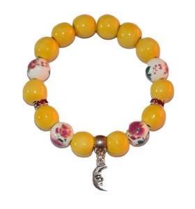 Karkötő, sárga, színessel díszített, holdacska medál