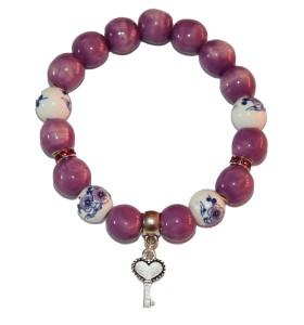 Karkötő, lila, színessel díszített, kulcs medál