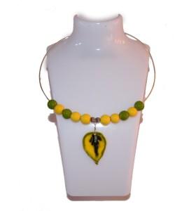 Nyaklánc, zöld és sárga, zöld és sárga falevél medál