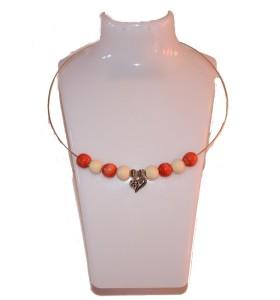 Nyaklánc, narancs és krém, szív medál