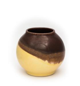 Kis gömb váza nyakkal 12cm barna